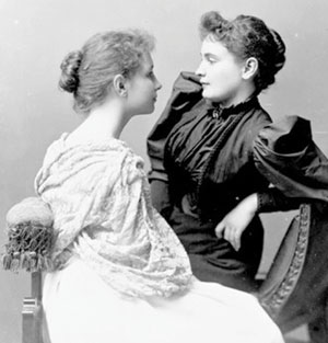 Anne-Sullivan-with-Helen-Keller