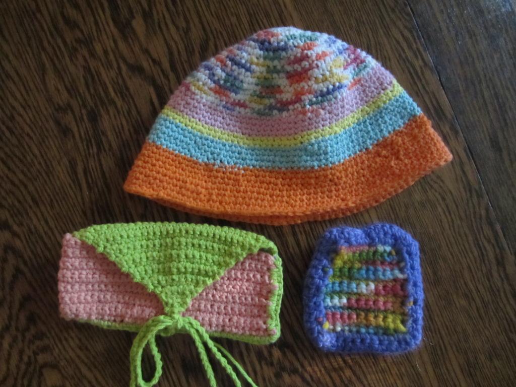 grade-3-mug-mat-pencil-case-and-hat